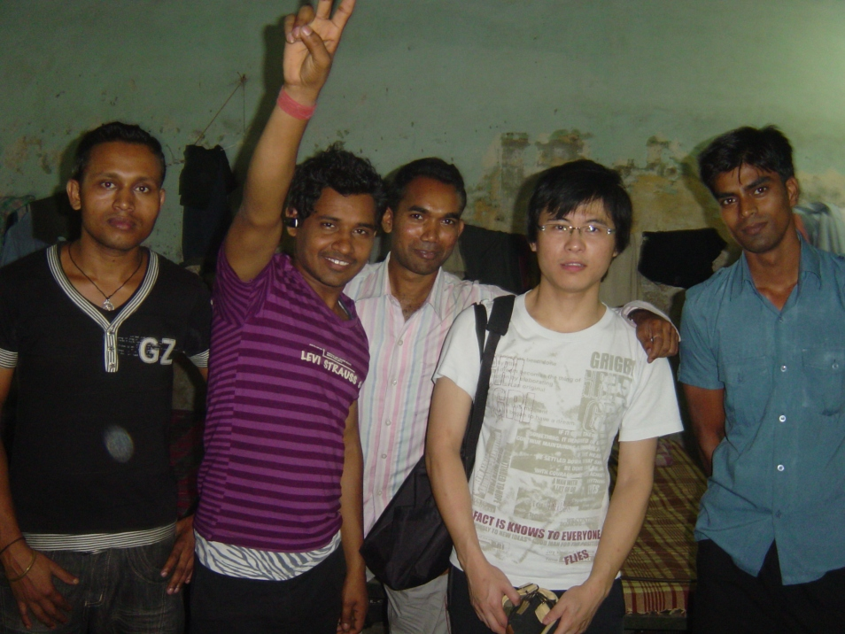 (11 Dec 2009) Me and my cheerful research participants.
